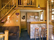 Baker Creek Chalets - Log cabin room