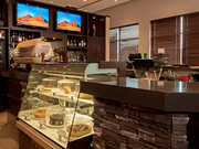 Four Points By Sheraton Winnipeg - Cafe and bar