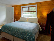 Great Bear Lodge - The lodge offers spacious rooms with ensuite bathroom
