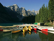 Moraine Lake Lodge - Complimentary canoe rentals