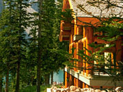 Moraine Lake Lodge - The lodge has a log cabin look and feel