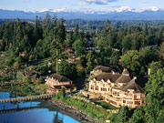 Painter's Lodge Resort - A historic lodge in a stunning location