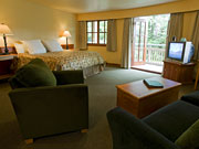 Painter's Lodge Resort - And spacious rooms with ocean views