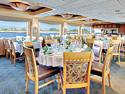 Safari Endeavour - Onboard dining room