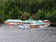 Knight Inlet Lodge - Lodge exterior