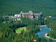 Fairmont Banff Springs - Exterior of hotel