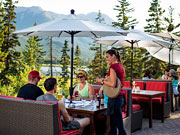 Juniper Hotel & Bistro - Enjoy a meal on the outdoor patio