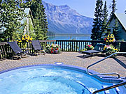 Emerald Lake Lodge - Emerald Lake Lodge Hot Tub