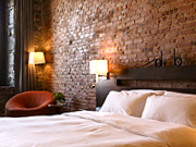 Auberge du Vieux Port - Deluxe Room with King Bed