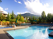 Delta Whistler Village Suites - Pool