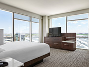 Calgary Airport Marriott In-Terminal Hotel - One Bedroom Suite