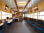 Tundra Buggy Lodge - Guest lounge