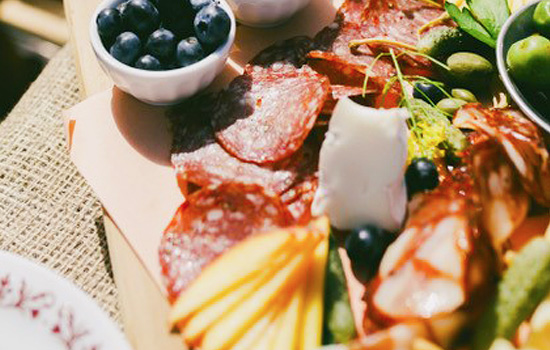 Delicious picnic lunches and samples on many tour options - Delicious picnic lunches and samples on many tour options