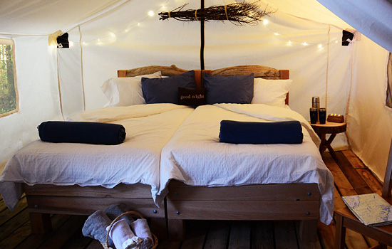 Comfortable glamping tent accommodation - Comfortable glamping tent accommodation