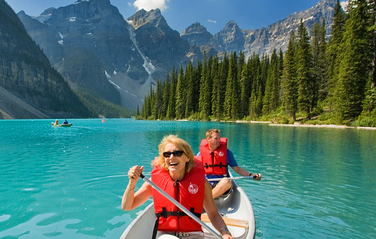 Canoe paddling Lake Louise