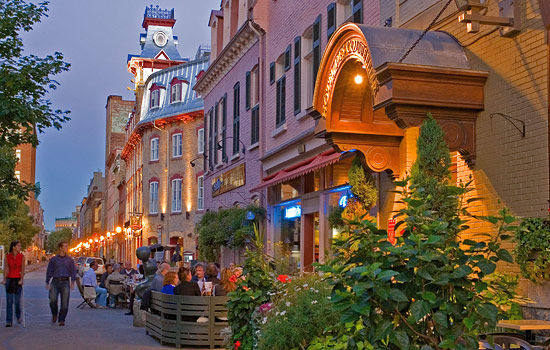 Evening stroll in Quebec City