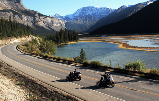 Motorcycle tour along the Icefields Parkway
