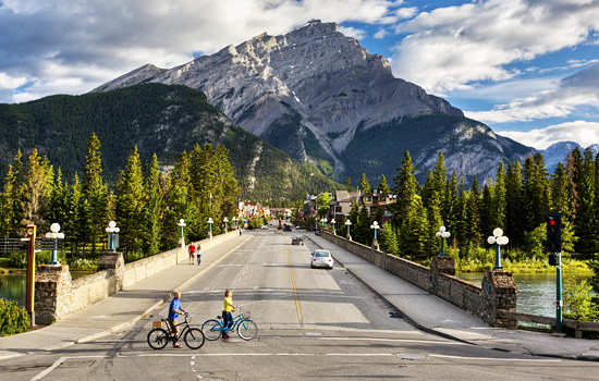 Arrive into the bustling mountain town of Banff at your leisure.