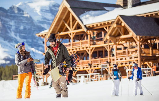 Ask your Vacation Advisor about adding extra time for skiing or snowboarding in the Canadian Rockies.