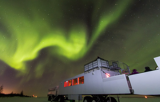 Northern lights over the Tundra Buggy Lodge