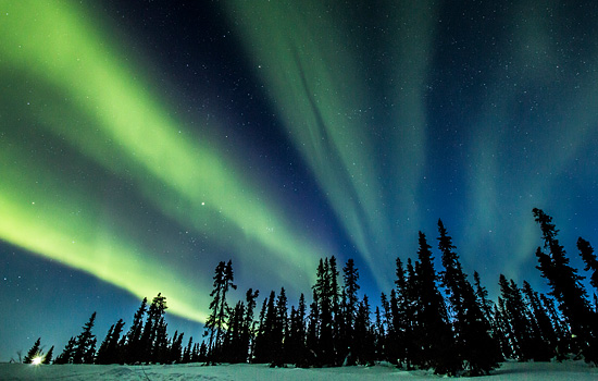 Spend four full nights in the Yukon to maximize your Aurora Viewing – a once in a lifetime sight.