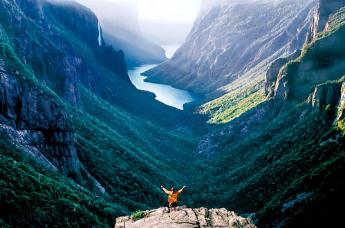 Canada vacations book here fresh tracks canada for Winter vacation east coast